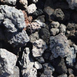 Dekoratiivkivi vulkaaniline must 10/25 lahtiselt