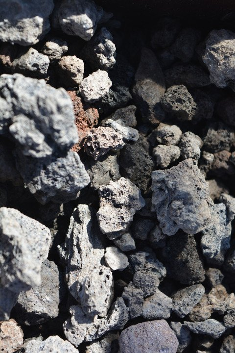 Dekoratiivkivi vulkaaniline must 10/25 5kg